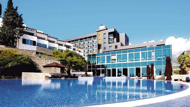 montenegro avala resort