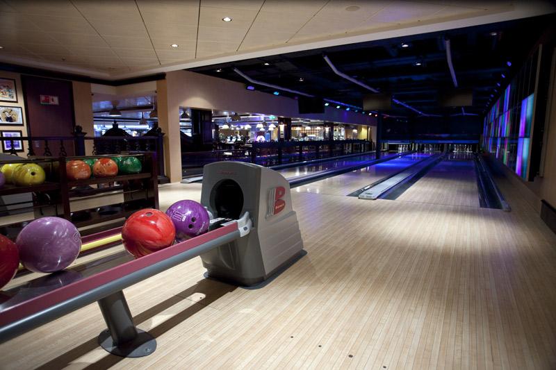 01_Bliss Ultra Lounge - Bowling_lo