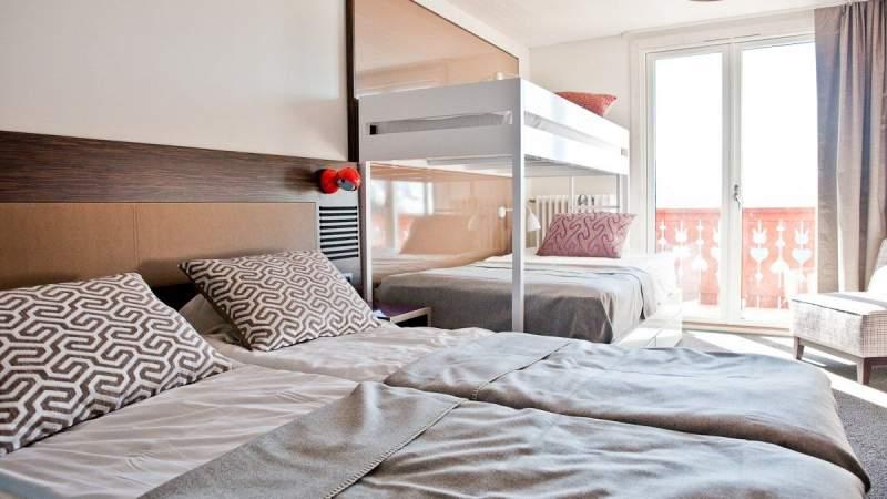 le-petit-prince-hotel-alpe-d-huez-centre-family-room