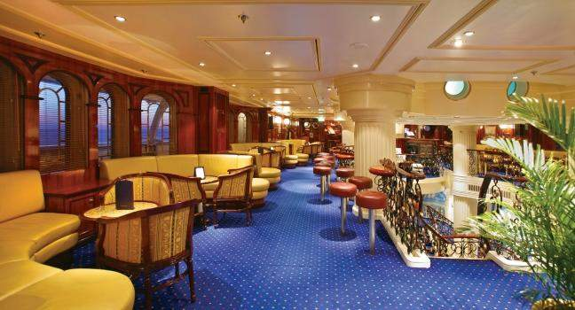 star-clippers-royal-clipper-lounge_main