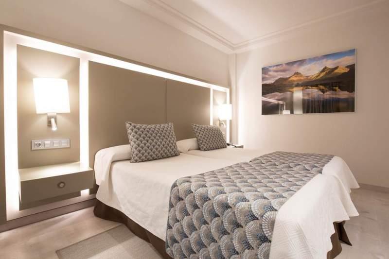 TFS_35_spring_hotel_vulcano_0418_07